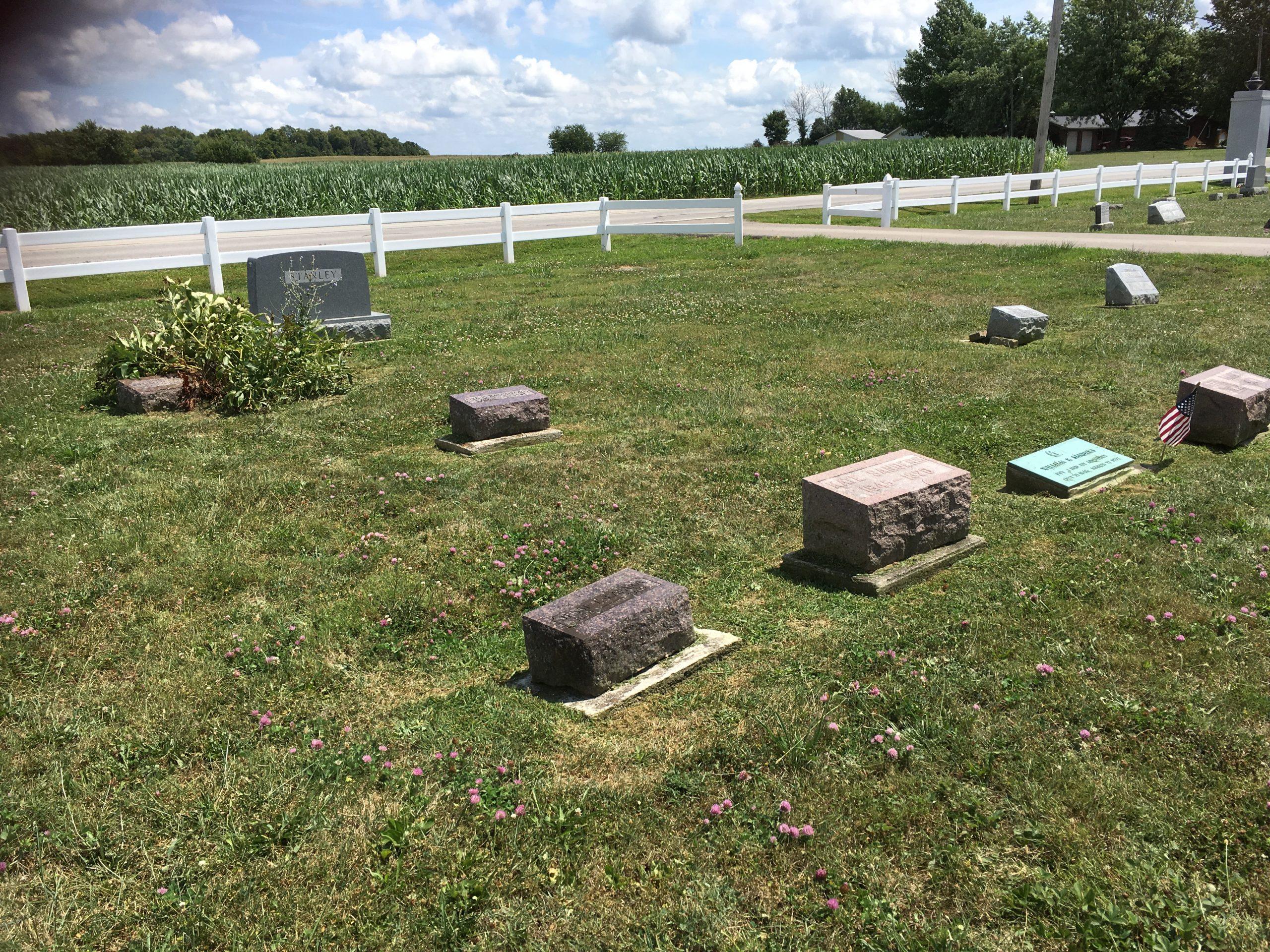 Vinson Cemetery: Lafara and Sanders