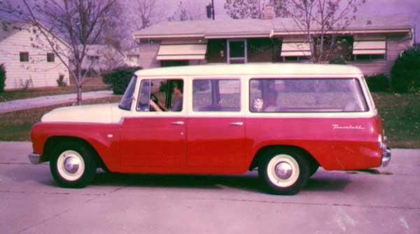 IH Travelall 1963
